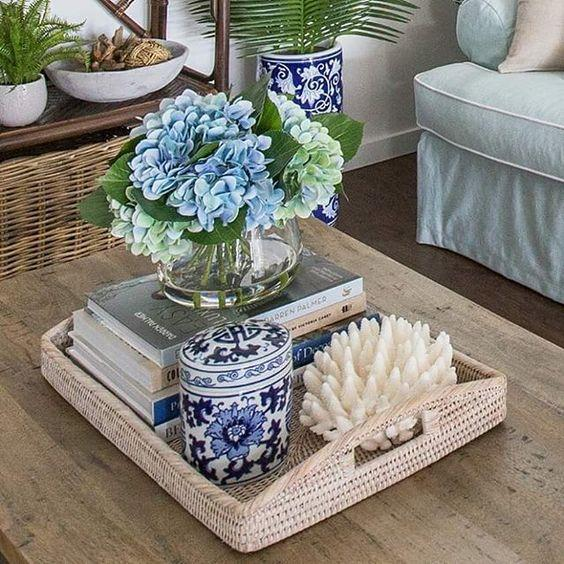 coffee table showcase