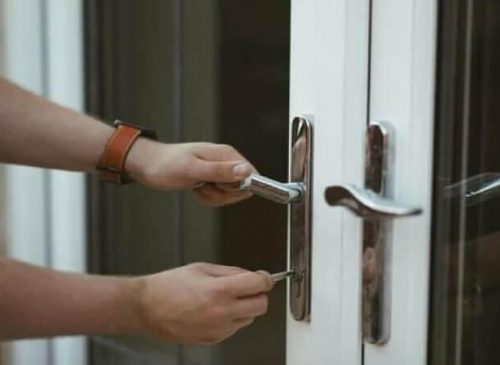 9 Smart Ways To Keep Your Home Safe From Burglars